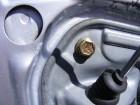 Seat Leon 1M Türdämmung Aggregateträger mit Silikon abdichten